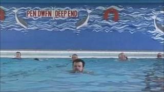 Swimmers in the Harlech pool