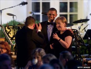 Barack Obama and Angela Merkel have their picture taken at the dinner in the White House, 7 June