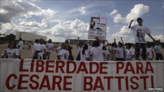 Battisti supporters protest outside Brazil's Supreme Court