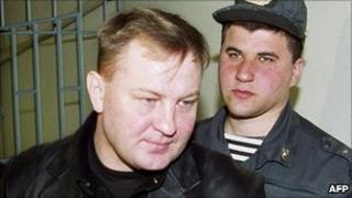 Yuri Budanov in court, 22 Apr 03