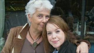 Eva Ottoson(L) and Sara Ottoson(R)