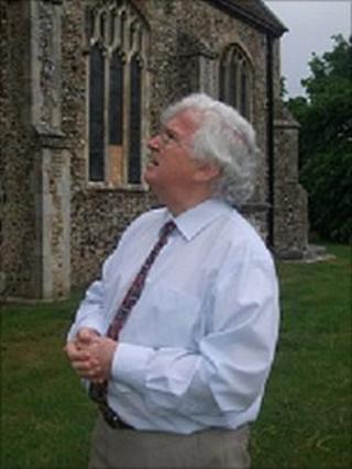 Clive Paine