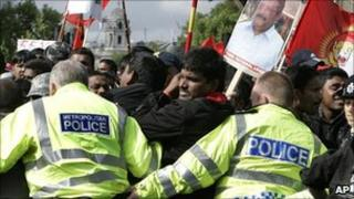 Tamils protest in the UK (May 2009)