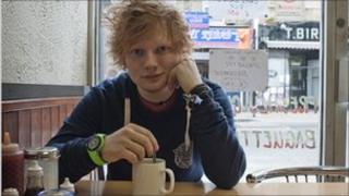 Ed Sheeran in a cafe