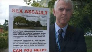 Det Ch Insp Nick Bennett with the posters