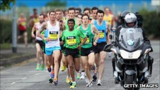 Lead runners in the 2011 Great Manchester Run