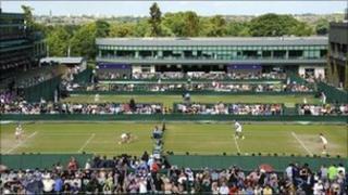 Fans watch match at Wimbledon