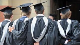 Students graduating (generic)