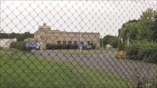Met's dog training centre