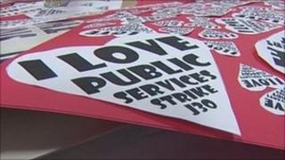 PCS union signs