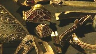 Items of the Staffordshire hoard