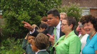 Reading West MP Alok Sharma with Southcote children at the allotment
