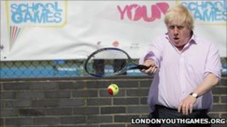 Boris Johnson plays tennis