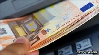 Euros/ATM - file pic