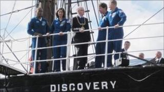 Discovery crew on RSS Discovery