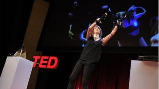 Imogen Heap performing at TED. Copyright James Duncan Davidson