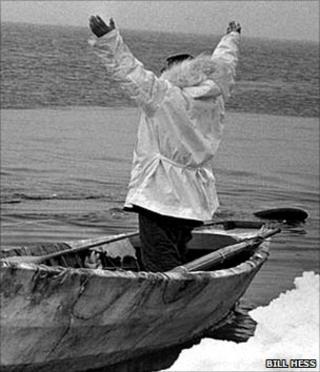 Prayer in boat