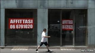 Shops for rent in Rome (13 July 2011)