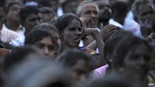 Sri Lankan Tamils gather in Kilinochchi on 14 July 2010 during a visit of President Mahinda Rajapaksa