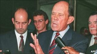 Gen Malan addressing journalists (archive shot)