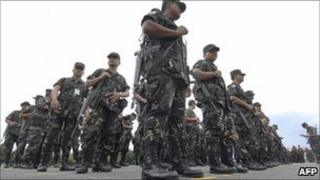 Philippine soldiers at army headquarters in Manila on July 27, 2008