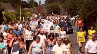 Protest march over Argoed High School in Mynydd Isa.
