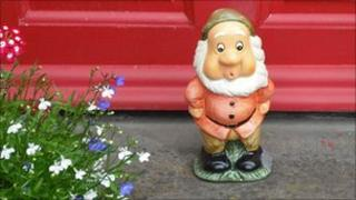 Mystery gnome left outside one house