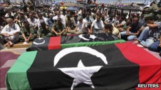 Abdel Fattah Younes' funeral (29/07/11)