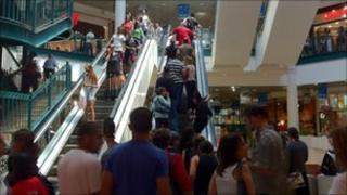 Crowded escalator in Jerusalem Mall.