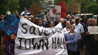 Town Hall protests in Brentwood