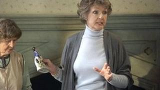 Penelope Keith as Audrey fforbes-Hamilton