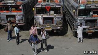 Strike-hit buses in Kashmir on 8 August