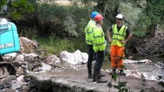 Work on weir on River Monnow