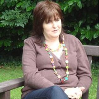 Sonia Oatley, Rebecca Aylward's mother