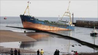 Mungo ship grounded in Littlehampton Harbour (Photo by Eddie Mitchell)
