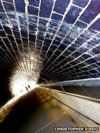Prince's Tunnel in Dartford by Christopher Diedo