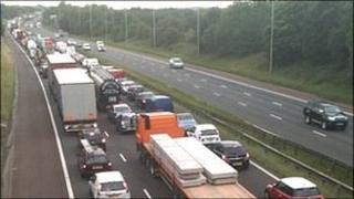 Traffic on M6 after crash