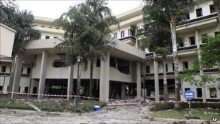 Damaged UN headquarters in Abuja (27 August 2011)