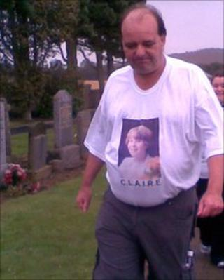 Peter Morris begins walk