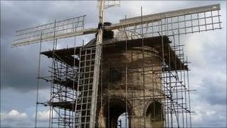 Chesterton Windmill under scaffolding -archive image
