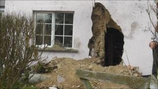 Ashreigney farmhouse crash
