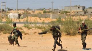 Anti-Gaddafi forces near Sirte, 9 Sept