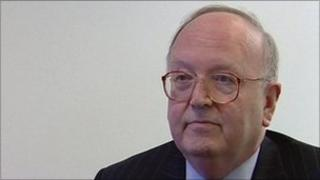 Sir Roy McNulty