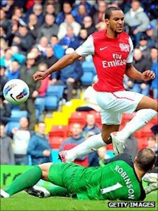 Arsenal's Theo Walcott in action against Blackburn Rovers