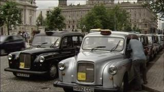public hire taxis outside belfast city hall