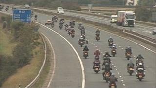 Bike convoy