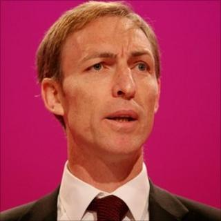 Jim Murphy speaking at the 2009 Labour Party Conference in Brighton