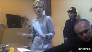 Yulia Tymoshenko in court. 29 Sept 2011