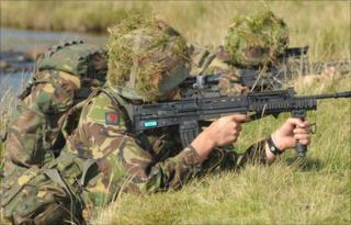 TA soldiers training at the Brecon Beacons battle school