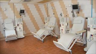 Unused dialysis machines at El Algodonal hospital